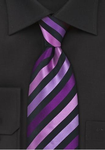 Businesskrawatte Streifendesign schwarz