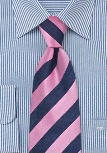 Herrenkrawatte pink dunkelblau Streifendessin