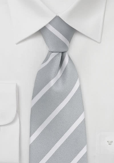 Herrenkrawatte Streifenmuster filigran silber weiß