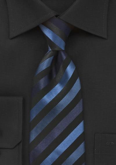 Kinder-Krawatte junges Streifenmuster navyblau