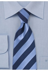 Lange Krawatte blau hellblau Streifenmuster