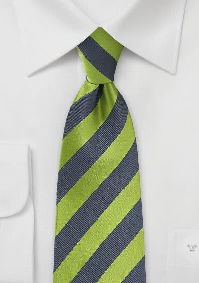 Businesskrawatte Streifendessin waldgrün