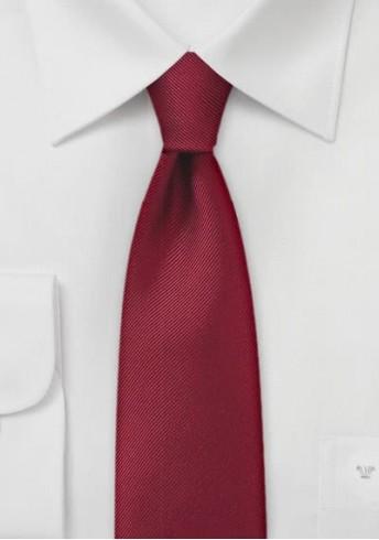 Einfarbige schmale  Krawatte mit Rippsstruktur in Burgunderrot