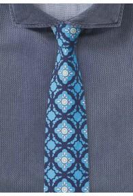 Türkise Krawatte mit konservativen Ornamenten