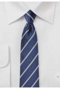 Krawatte schmal geformt Streifen dunkelblau weiß