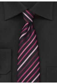Schmale Krawatte modisch gestreift