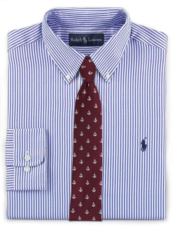 Gestreiftes Hemd und Krawatte mit Ankermotiv